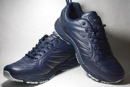 Демисезонные кроссовки BONA