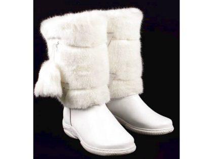 Белые, литая подошва